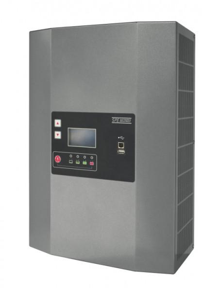 Q-Batteries energiebesparende hoogfrequente lader 24V 100A door S.P.E. Charger GREEN4 zonder batteri